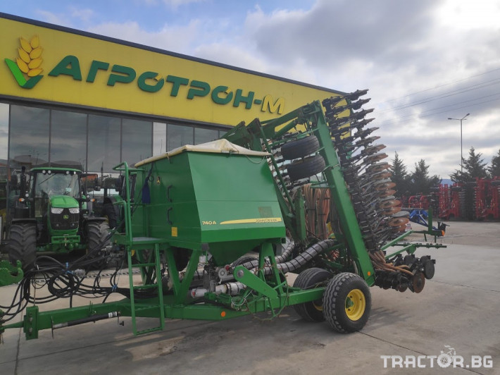 Сеялки John-Deere 740А 1 - Трактор БГ